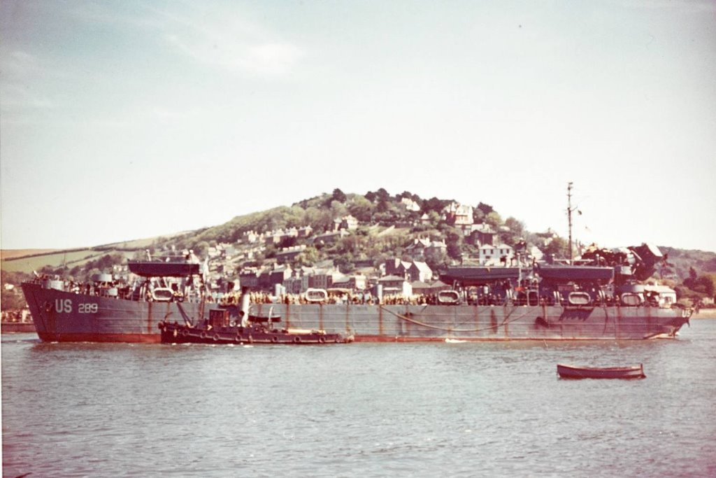 USS_LST-289-Dartmouth-28-4-1944_after_Slapton_tor-80-G-K-2054_2_.jpg