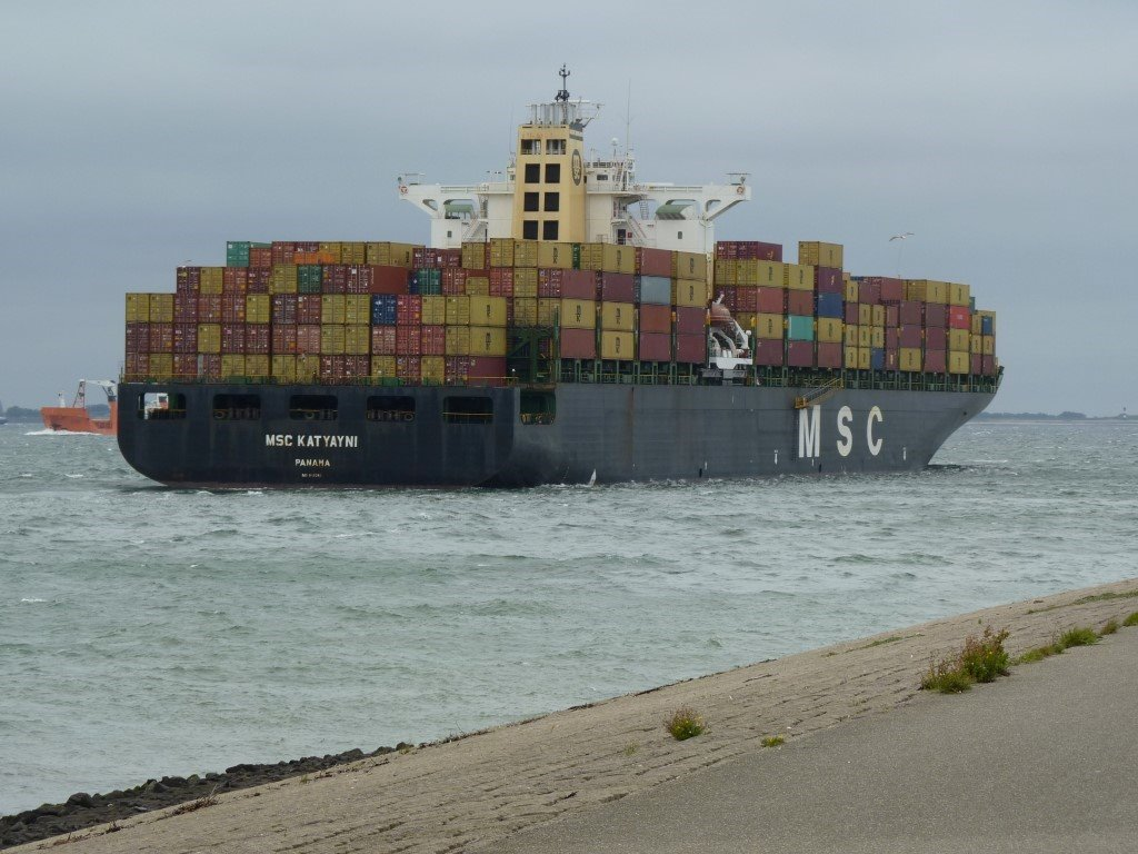 MSC Katyayni Panama171001 (5) (Medium).JPG