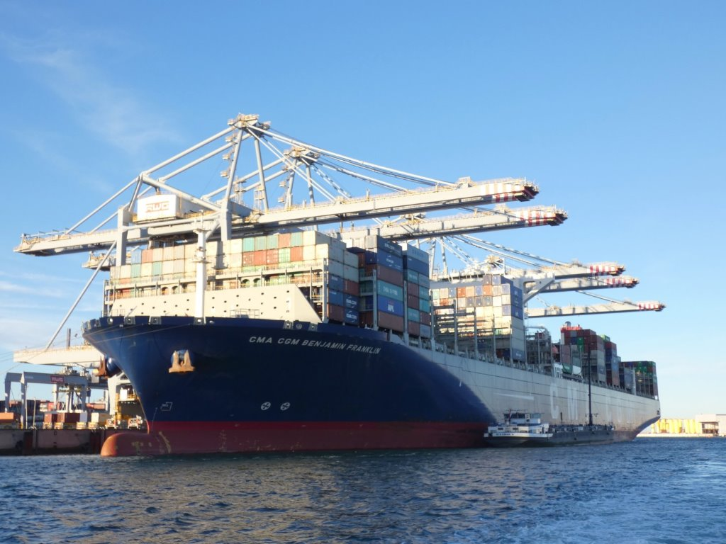 CMA CGM Benjamin Franklin London181028 (2) (Groot) (1).jpeg