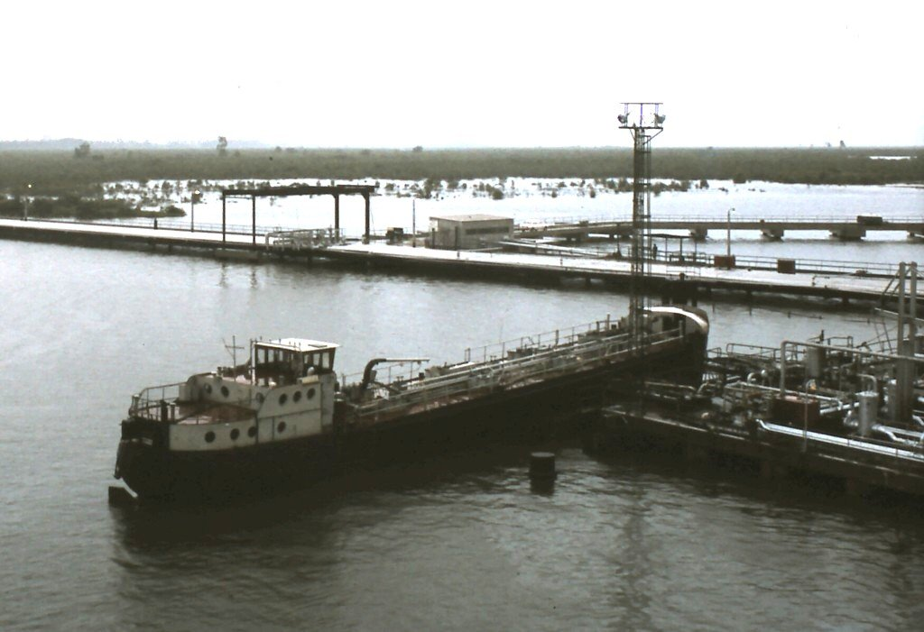 Okrika oil jetty.jpg